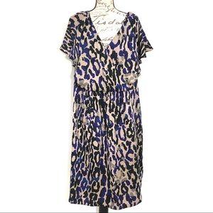 Short Sleeve V Neck Animal Print Sheath Plus Dress